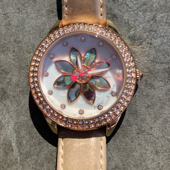 Betsey Johnson Accessories - Betsey Johnson Timepieces watch